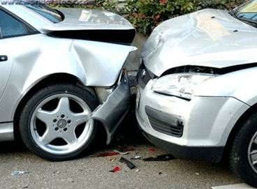 Image Credit: http://www.thebestlawyersguide.com/a-car-accident-doesnt-have-to-steal-your-future/car-accident-claims